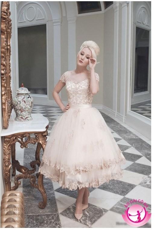 Áo dài cưới ngắn trẻ trung